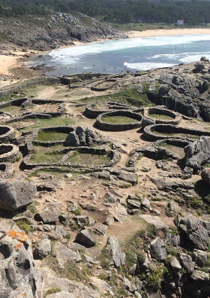 Castro de Baroña, huella histórica al nivel del mar